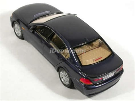 Diecast Bmw 745i 2002 bmw 745i diecast model car 1 18 scale die cast by welly blue