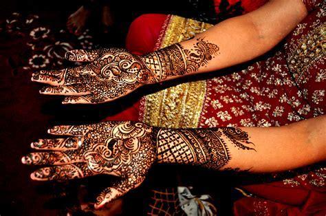 Mehndi Madness: Indian Wedding outside India (Part 1 of 2