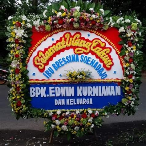 Bunga Papan Ucapan Ulang Tahun The Best Motiv flower greeting happy birthday board services by toko kalbarqi flowers