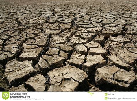 earth crack wallpaper cracked earth royalty free stock photos image 2268758