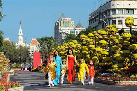 St Hoho Rnc the best time to travel ho chi minh city