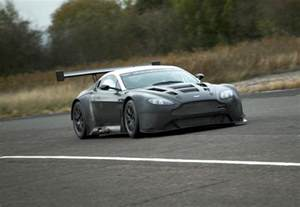 Gt3 Aston Martin 301 Moved Permanently