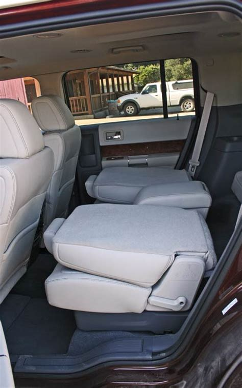 Ford Flex With Captains Chairs by Ford Explorer 2nd Row Captain Chairs 2017 2018 Best