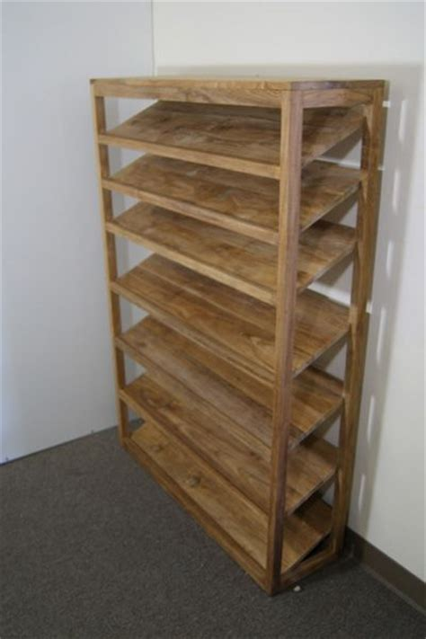 Closet Shoe Shelves Wood by 17 Best Ideas About Shoe Racks On Diy Shoe