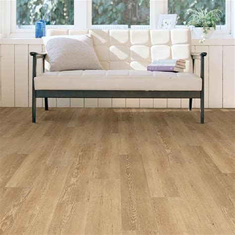 Vinyl Flooring Wood Planks by Knowing Vinyl Wood Plank Flooring Pros And Cons Traba Homes
