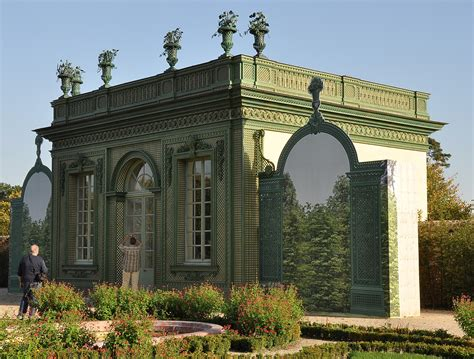 gazebo pavillon pavillon frais petit trianon gardens follies