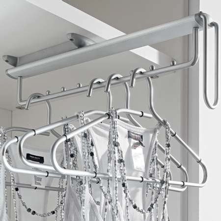 pull  clothes hanger rail  mounted