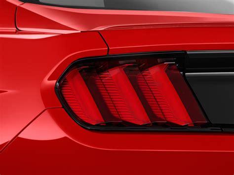 2015 mustang lights image 2015 ford mustang 2 door fastback v6 light