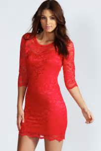 lace bodycon dress dressed up