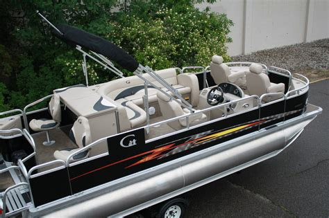 pontoon boat repair high quality new 20 ft tritoon pontoon boat fish and fun