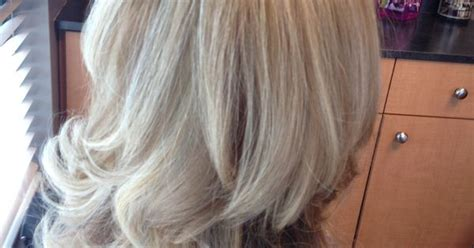 pictures of blonde highlights and lowlights curly blonde highlights lowlights curly hair blowout