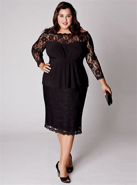 plus size clothing designers for models picture