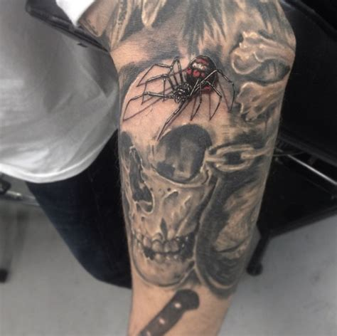 black widow spider tattoo black widow spiders tattoos
