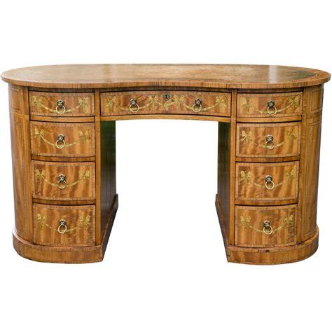 vintage kidney shaped desk edwardian kidney shaped desk for sale at 1stdibs