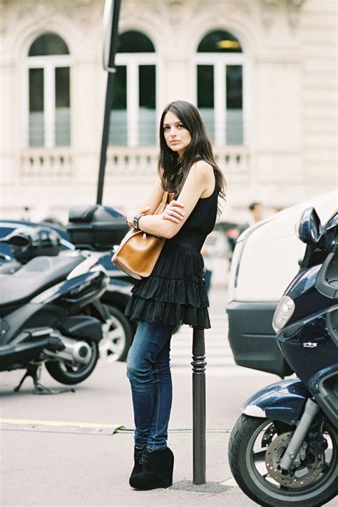 8 Ways To Wear Summer Clothes In Other Seasons by 8 Ways To Wear Your Summer Dresses For Fall