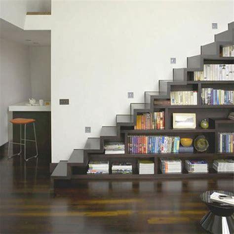 Rak Tv Bawah Tangga properti 9 ide pemanfaatan ruang kosong di bawah tangga