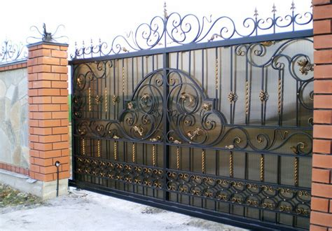 Portail De Maison En Fer by Portail Alu Leroy Merlin Battant Aluminium Moellan Naturel