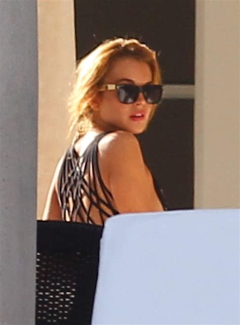 Lindsay Lohan Hangs Out With Jude At The Box by Lindsay Lohan Hangs Out With Friends In Miami 173798