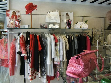 scarlets boutique weybridge surrey the boutique