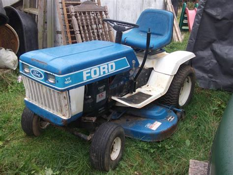 ford yt     dirty ford jacobsen moline