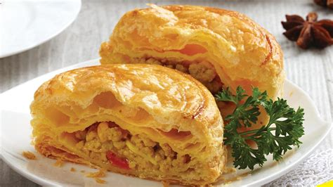 Chicken Curry Puff chicken curry puff unilever food solutions id