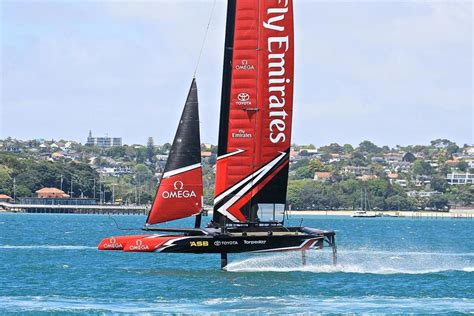 emirates nz america s cup emirates team new zealand works out on