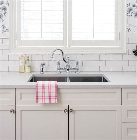 showhouse by moen waterhill one handle kitchen pull out moen showhouse kitchen faucet the 25 best faucet repair