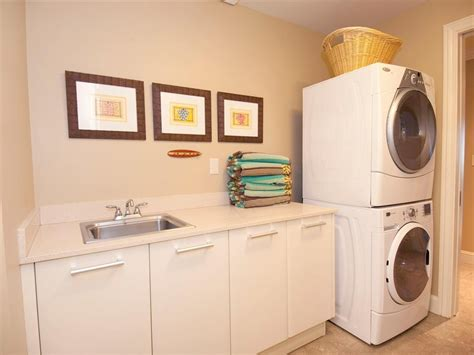 Cabinet Ideas For Laundry Room 20 Laundry Room Cabinets To Try In Your Home Keribrownhomes
