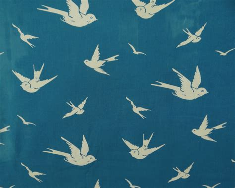 bird pattern fabric uk bird pattern cotton dressmaking fabric crafting 42 inch