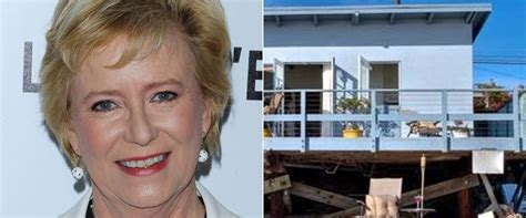Plumb Address by Brady Bunch Plumb Closes 3 9m Sale On Malibu