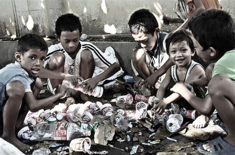 imagenes de niños que mueren de hambre millones de ni 241 os mueren en el mundo se quedan sin hogar