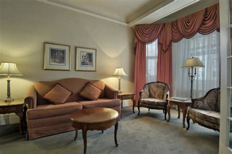 2 bedroom hotel suites ottawa fairmont chateau laurier updated 2017 prices reviews