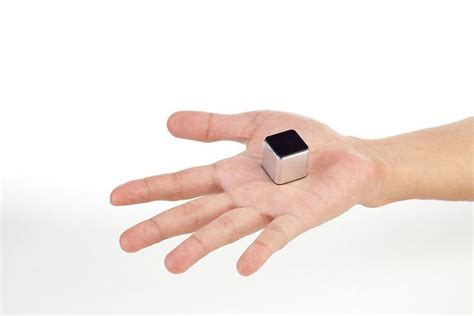 Ultimate Smallest Mp3 Player by Thekube2 Unveiled As Worlds Smallest Touch Mp3 Player