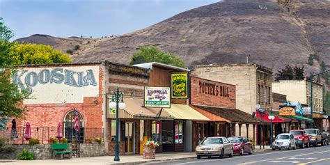 quaint little towns in the united states the 50 tiniest towns in the united states smallest town