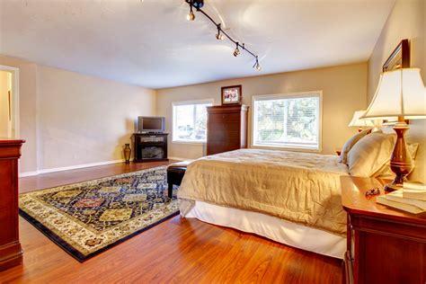 da letto con parquet pavimento da letto come scegliere il migliore