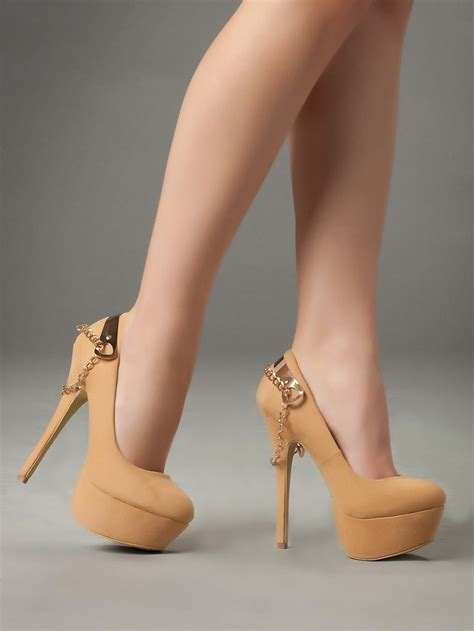 imagenes mujeres con zapatos de tacon 1000 images about zapatos de mujer on pinterest green
