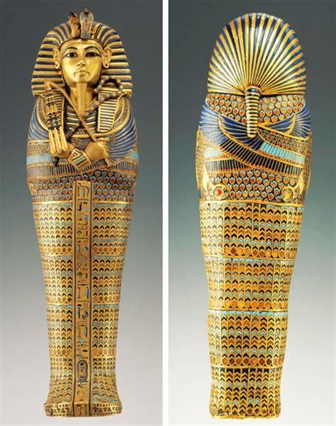 miniature canopic coffins found in tutankhamun s tomb
