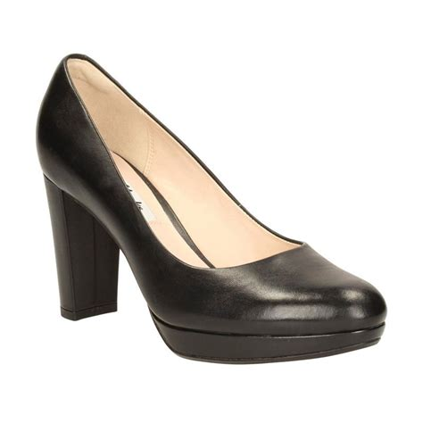 sepatu wanita clarks holidays oo