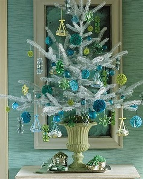 decorate small tree 35 awesome traditional tree alternatives digsdigs