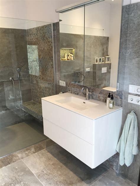 badezimmer spiegelschrank entsorgen badezimmer saniert mallorca bauunternehmen bau firma