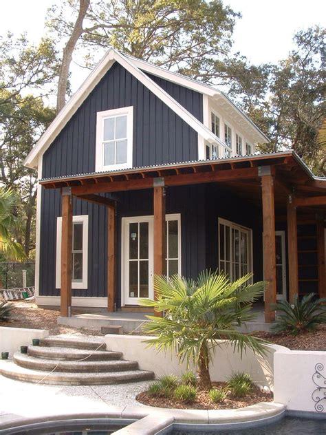 aussenfassade farben pool side hideout house plan c0573 design from allison