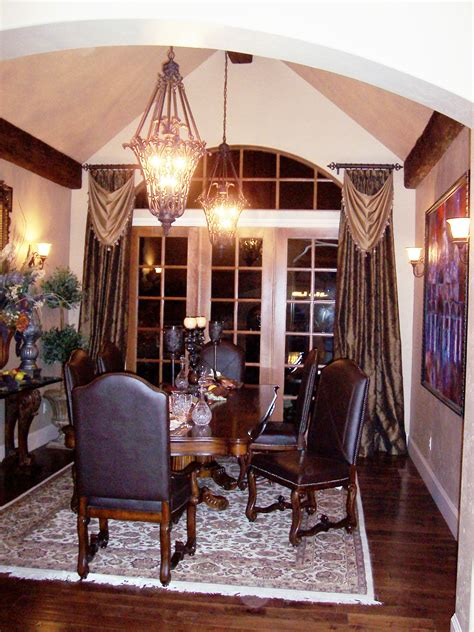 Dining Room Window Treatments | dress up your dining room for delicious dinners devine