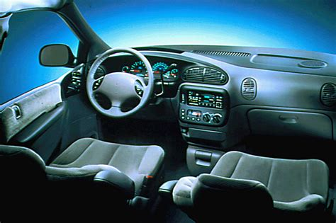 buy car manuals 1997 dodge grand caravan interior lighting 1996 00 dodge caravan consumer guide auto