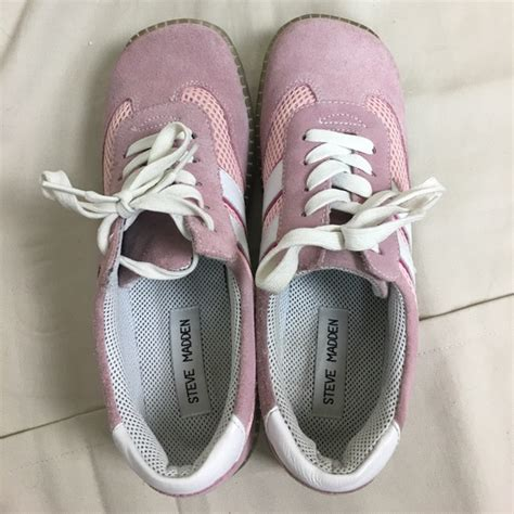 Steve Madden Tennis Shoes by 76 Steve Madden Shoes Steve Madden Pink Suede Tennis Shoe Pink Tennis From Julie S