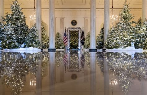 trump white house decor first lady goes with classic traditional christmas decor