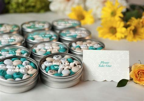 Customized Wedding Giveaways - 3 ideas for personalized wedding favors
