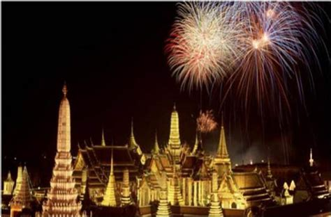 how is new year celebrated in thailand thailand s new year countdown celebrations 2012