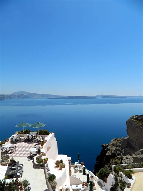 Aris Caves | freshome hotel review aris caves in oia santorini