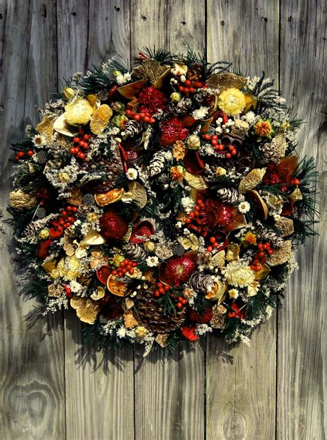 Handmade Wreaths - 30 beautiful and creative handmade wreaths