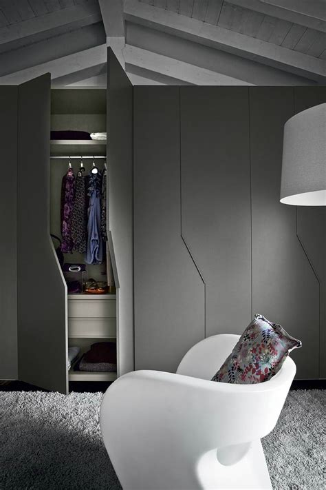 Fitted Closets by 31 Ideal Fitted Wardrobes Decor Advisor